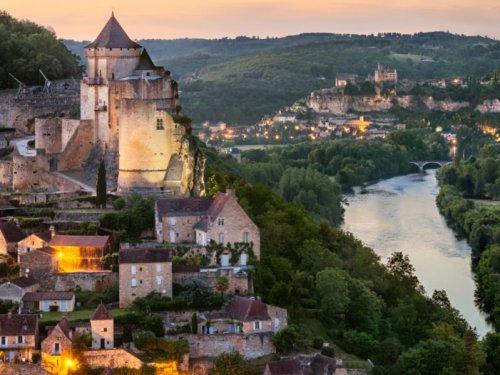 Ayen accueille l'exposition Visages et Paysages de la Réserve de biosphère du bassin de la Dordogne